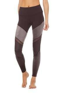 🚚 Alo yoga high waist luxe Sheila legging in size xs
