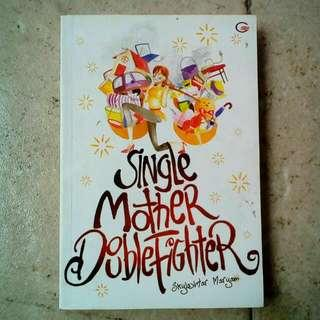 Buku Single Mother Double Fighter