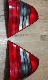Lampu belakang mercy C180 (bekas)