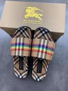 Burberry Slides Slip On Slippers Authentic Quality