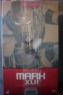 Hot Toys Diecast Mark 42