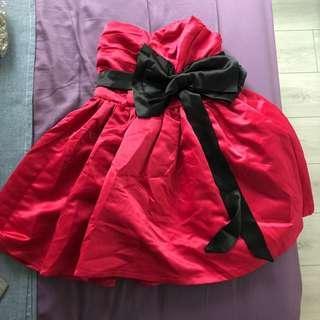 🚚 桃紅色搭配黑色蝴蝶結撞色超可愛蓬蓬裙桃心領洋裝