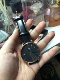 NEW Daniel Wellington Watch (Black)