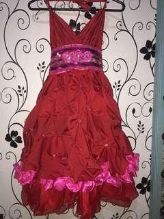 Gown for 5-7 y.o. girls
