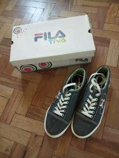 FILA TIVA Sneakers (good as new)