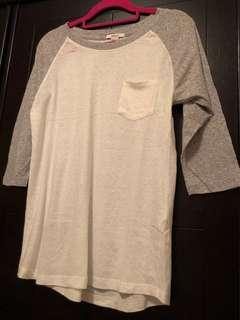 Forever 21 top 牛角袖