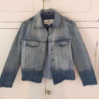 Initial Light Wash Denim Jacket 牛仔外套