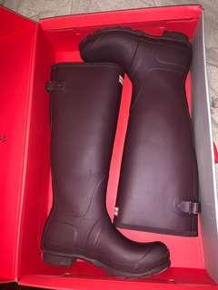Burgundy Adjustable Hunter Boots