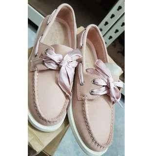 🚚 Sperry Boat Shoes Satin Lace Rose