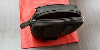 🚚 Kickers 100% Leather Pouch