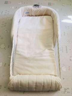 The first years baby Close & Secure Airflow Infant Sleeper 嬰兒透氣安全分隔床