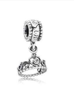 Tiara Pandora Charm