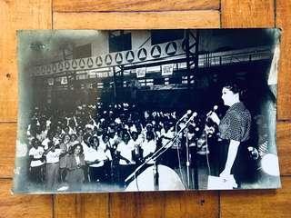 Vintage 1978 b/w photo of Imelda Marcos
