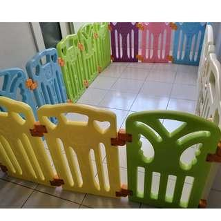 Coby Parklon Baby Fence (12panel + 1 safety door + 1 activity board)
