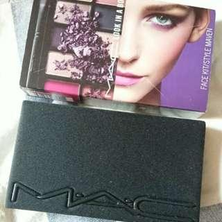 全新 MAC 眼影胭脂唇膏組合盤 face kit