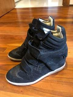 🚚 Isabel marant used beckett wedge sneakers