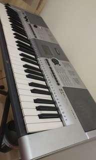Keyboard Yamaha PSR E-403