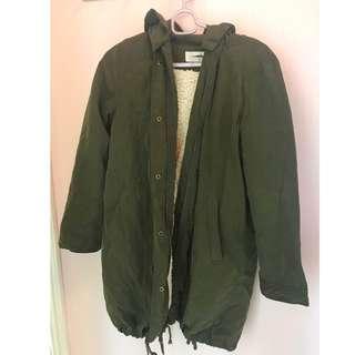 外套 ,軍綠色 100%沒有色差 Jacket, Coat