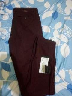 Zara man chinos comfort texture maroon 31 fit 32