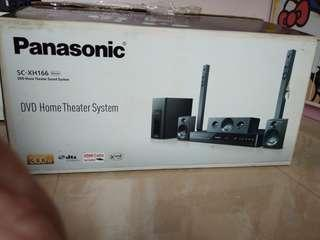 Panasonic DVD Home Theater SC-XH166GA-K