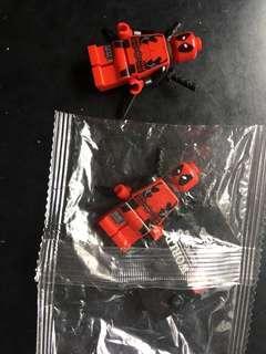 S WORLD Deadpool minifigure