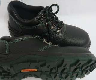 Safety Shoes (Various Sizes available)