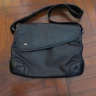 🚚 Braun Buffel Leather Messenger Bag