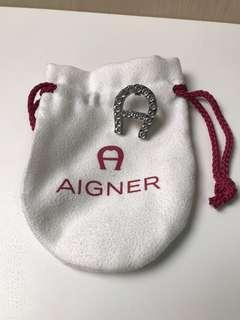 100%New and Real AIGNER 水晶襟章 Crystal Pin