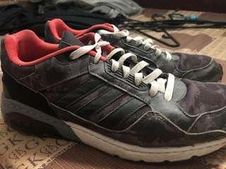 🚚 愛迪達鞋子