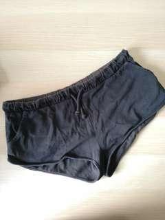 H&M hot pants