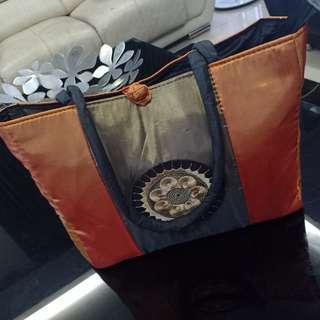Saigon Shoulder Bag