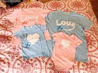 清屋 一家四口 親子裝 Matching outfits short sleeves tee T-shirts Tops for Photo-shoot in Pink and Sky Blue 父女 母子 父子 母女 粉色 藍色 短袖 上衣 Used Once 著過一次