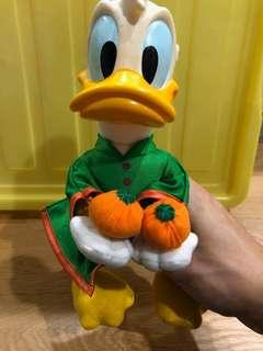 🚚 Donald Duck Stuff Toy