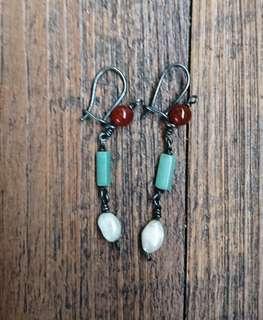 [限時爆血價]全新轉售翠玉寶石耳針式耳環