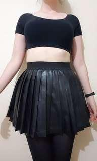 ALICE IN THE EVE Pleated Leather Skirt size 6