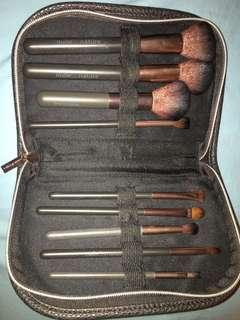 Nude Nature Makeup Brush Set