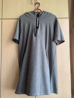 🚚 grey overall hoodie