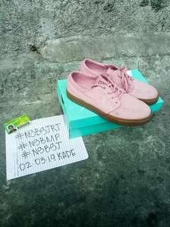 Nike Stefan Janoski Elemental Pink