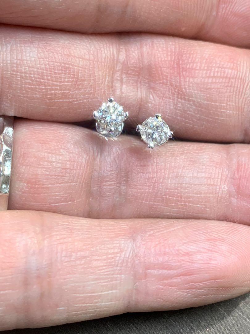 18k金鑽石耳環:2D-0.82ct 高色好🔥 心💖爪設計,簡約大方