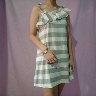 Dress Light Grey + White Fit to L
