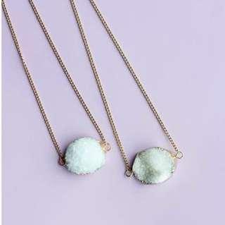 🚚 Handmade semi precious gemstone necklace