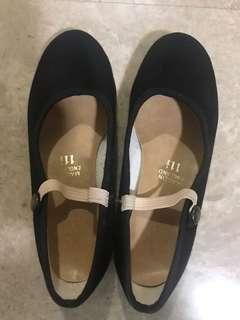 Katz ballet character shoe size 11.5