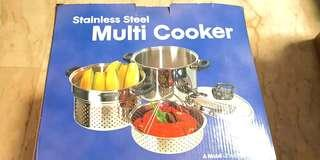 Multicooker with Steamer