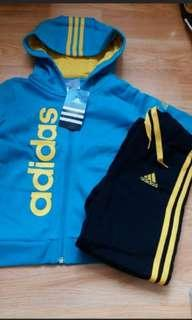 正版型仔Adidas 男童套裝