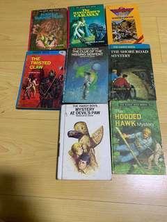 🚚 8 Hardy boys books