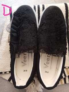 Black lace shoes 黑色lace布鞋 (made in Japan)