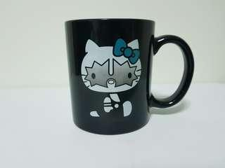 Kiss Hello Kitty Mug