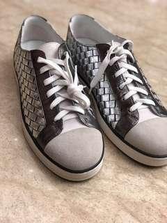 BV平底鞋