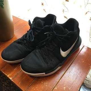 🚚 Nike Irving 3