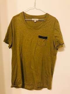 Burberry T-shirt L